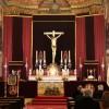 Sobriedad y elegancia del altar de El Silencio