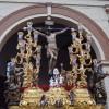 Los Favores pone en la calle un extenso cortejo en el Viernes Santo granadino