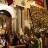 Flores, oraciones y miradas para la patrona de Granada