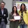 Nieves Chillón recoge el premio del XXX Certamen Andaluz de Poesía Villa de Peligros